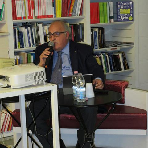 Incontro con Vincenzo Sassanelli